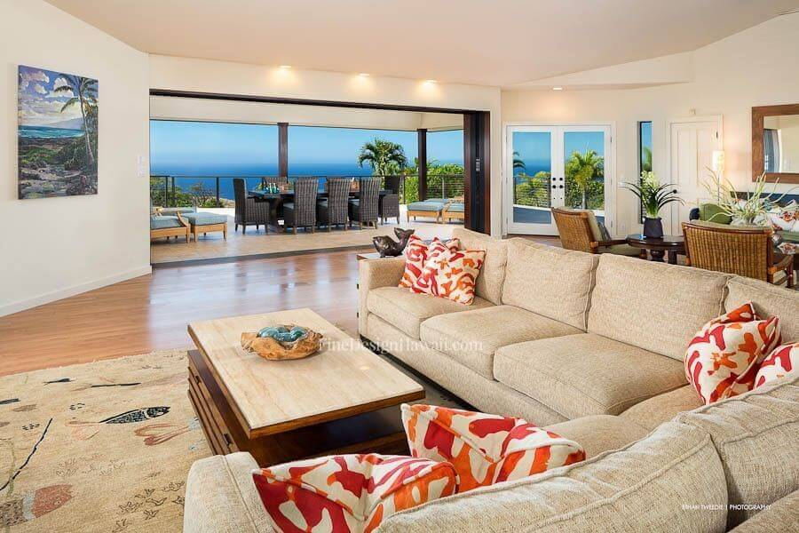 Vacation rentals fine design hawaii for How to decorate a vacation rental home
